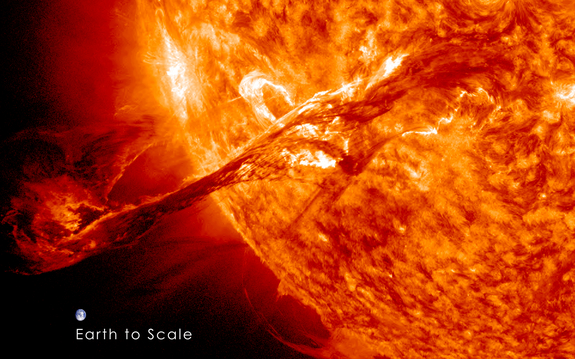 spectacular-solar-prominence-photos-august-31-2012-2
